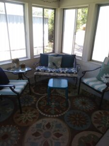 After photo of the sunroom, decorate.